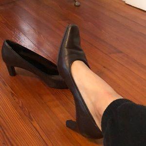 Vintage Brown dress heel